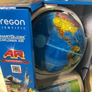 Other - Oregon Scientific smart Globe